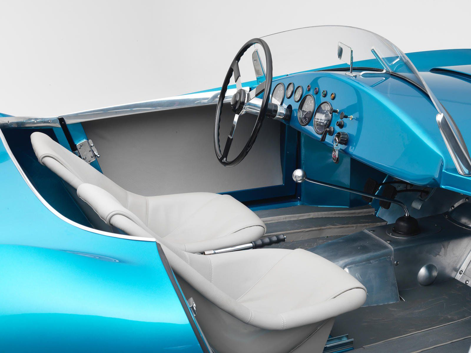 Thiết kế cabin xe Arnold-Bristol Bolide Roadster 1954