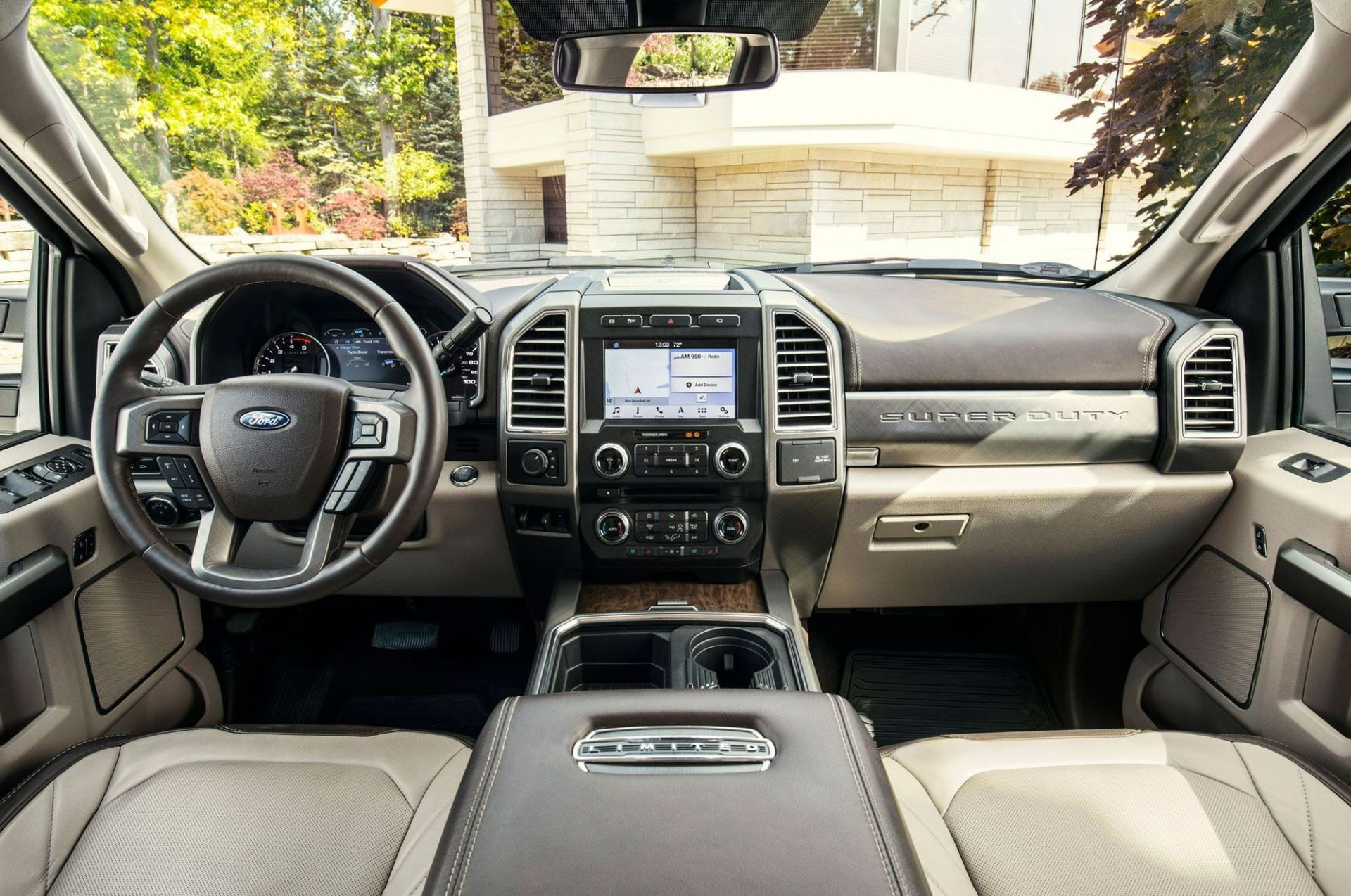 Nội thất xe Ford F-450 Super Duty Limited