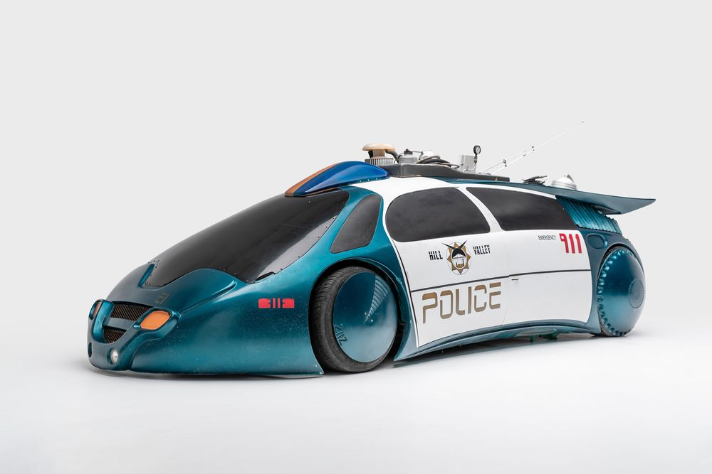 Police Car trong phim Back to the Future 2